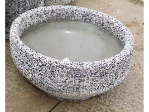 Вазон «Альпина» из мытого бетона