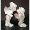 Ангелы целуются
