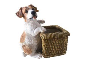Собака с корзиной, декоративная интерьерная фигура