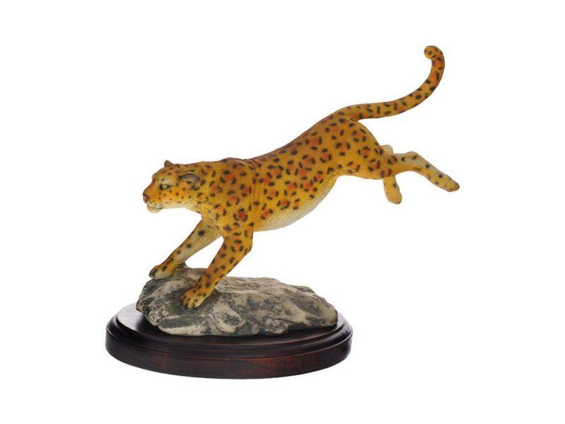 Сувениры Леопард в прыжке