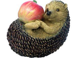 Еж с яблоком